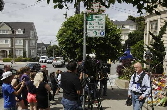 "Media prepare for live shots as onlookers photograph a temporary shrine for the late Robin Williams August 12, 2014 at the home where ""Mrs. Doubtfire"" was filmed in San Francisco, Calif. Williams was found dead in his home on Monday. Photo: Leah Millis, The Chronicle"