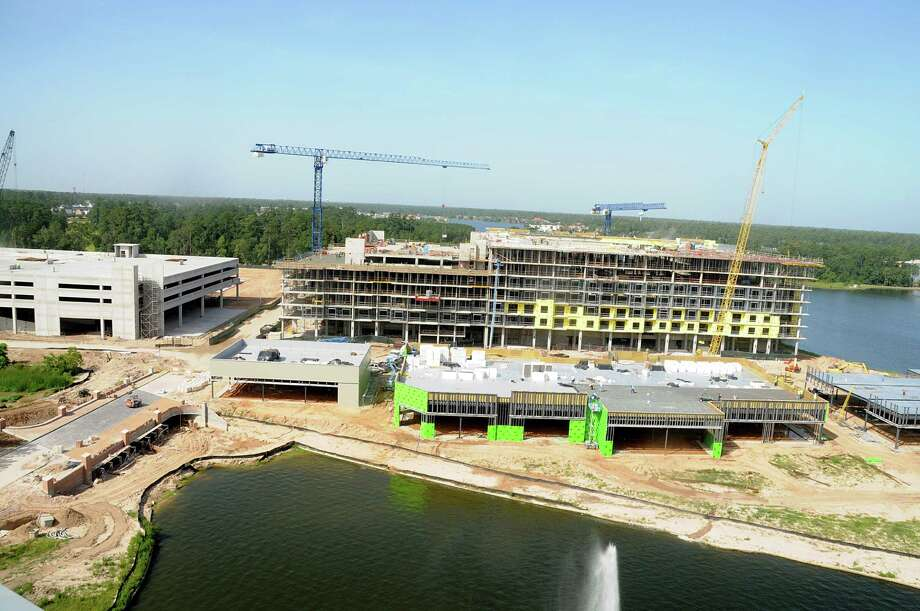 Construction Is Ongoing Along Restaurant Row On The S Of Lake Woodlands At Hughes Landing