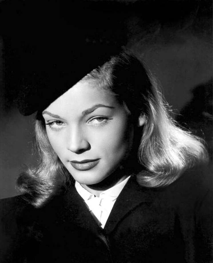 UNSPECIFIED - DECEMBER 02:  American actress Lauren Bacall (b1924) in 1945  (Photo by Apic/Getty Images) Photo: Apic, Getty Images / Hulton Archive
