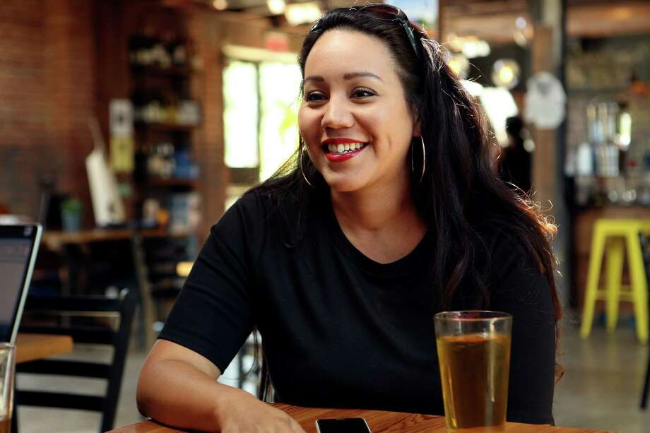 Brenda Munoz is the voice behind @purosanantonio, a Twitter handle that makes light of all things SA, whether it's barbacoa and big red, Fiesta parties or weird stuff on the South Side. She now has more than 18,000 followers. Photo: SAN ANTONIO EXPRESS-NEWS / SAN ANTONIO EXPRESS-NEWS