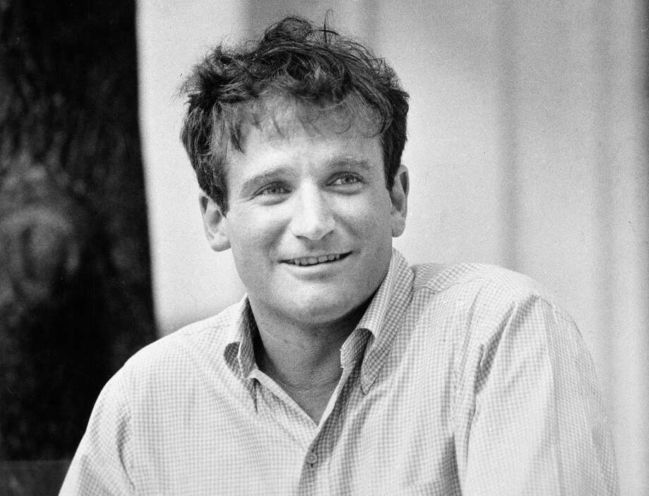 """Comedian Robin Williams, who will star in """"The World According to Garp,"""" is shown, July 21, 1982, in Los Angeles.  (AP Photo) Photo: Anonymous, Wire Photo / 1982 AP"""
