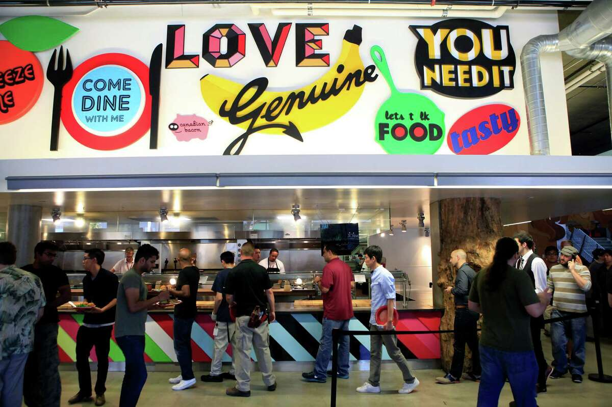 Kitchens at tech companies like Zynga are professional restaurants, dazzle workers daily and help encourage staff bonding.