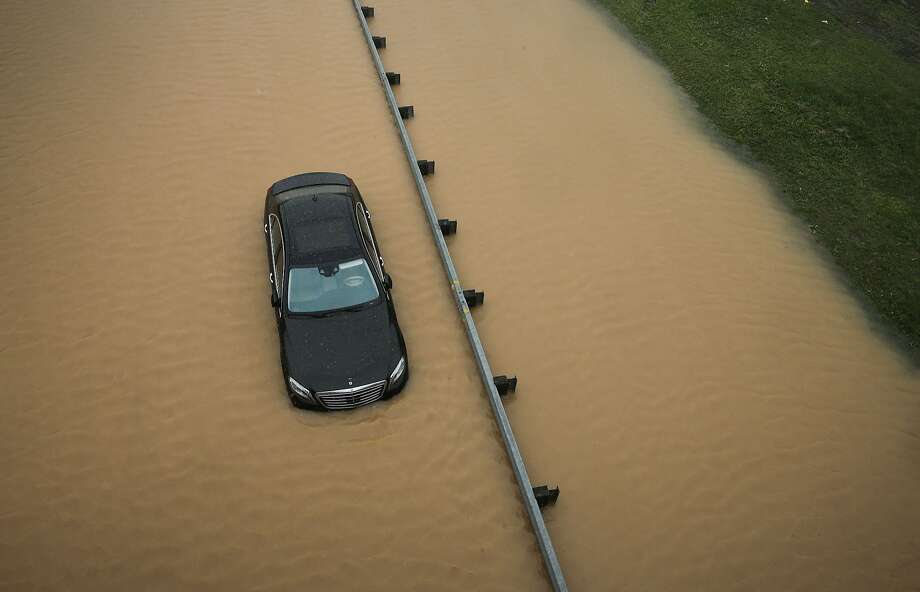 Wet roadway ahead:Travelers taking Interstate 695 near Quarantine Road in Baltimore might want to consider alternative routes. Photo: Patrick Semansky, Associated Press
