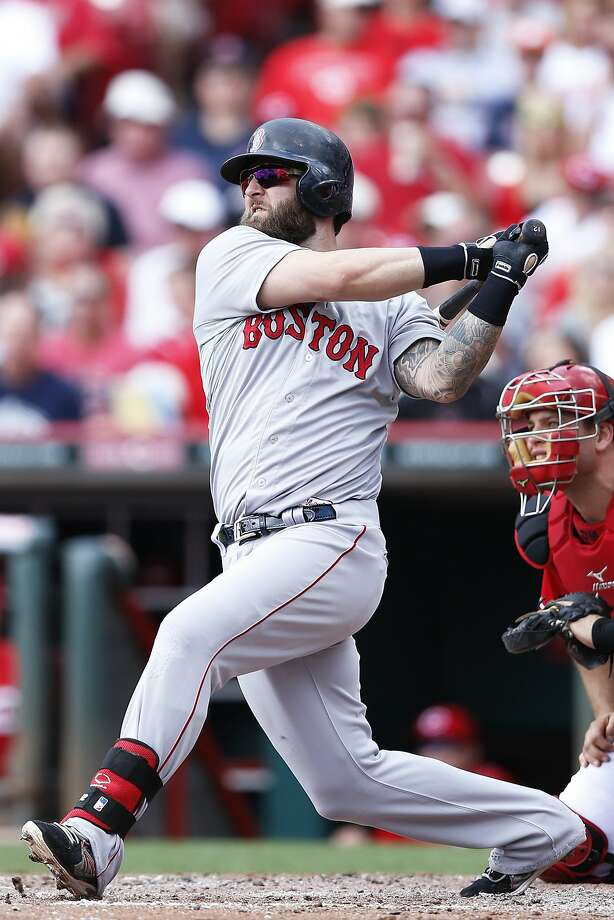 Boston's Mike Napoli hit a two-run homer and had three RBIs in a 5-4 win in Cincinnati. Photo: Joe Robbins, Getty Images