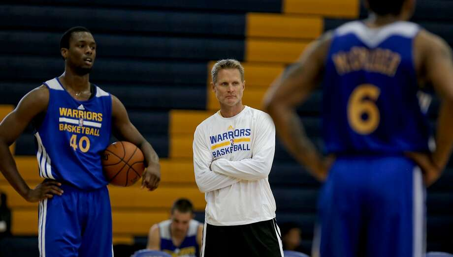 Steve Kerr (center) will begins his first season as Warriors coach Oct. 29 in Sacramento. Photo: Michael Macor, The Chronicle