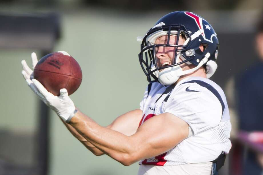 Texans wide receiver Travis Labhart reaches out to make a catch. Photo: Brett Coomer, Houston Chronicle