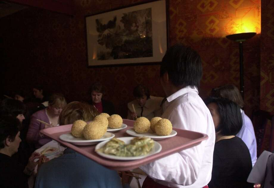 The dining room at Four Seas. Photo: CHRISTINA KOCI HERNANDEZ, SFC