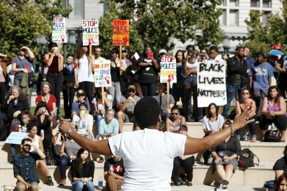 Jeralynn Blueford speaks about the killing of her son, Alan Blueford, at a rally in support of Michael Brown on August 14, 2014 in Oakland, Calif.