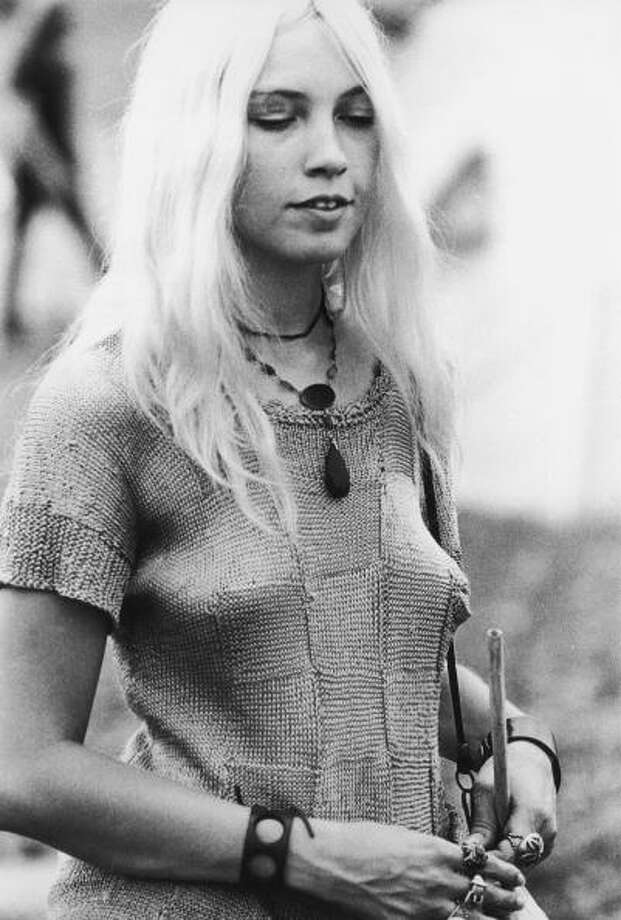 A young woman at the Woodstock Music Festival, Bethel, New York, 15th-17th August 1969. Photo: Pictorial Parade, Getty Images / 2009 Getty Images