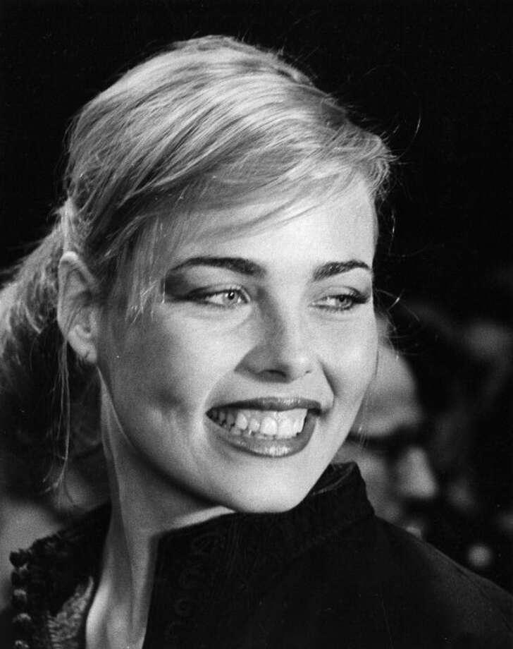 1996: Margaux Hemingway, American fashion model, actress; overdose of phenobarbital. Photo: Ron Galella, Getty Images / 1975 Ron Galella