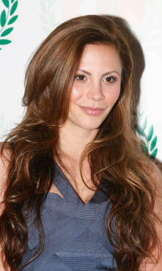 2013: Former Bachelor contestant, Gia Allemand committed suicide by hanging. Photo: Amy Sussman, Getty Images / 2010 Amy Sussman