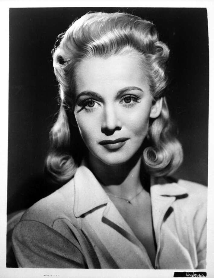 1948: American actress, Carole Landis, overdose of pills. Photo: Film Favorites, Getty Images / 2011 Getty Images