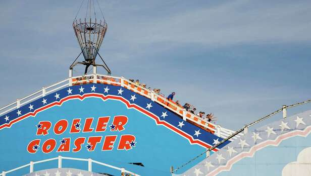 Roller Coaster ride at Pleasure Beach funfair, Great Yarmouth, Norfolk, England. Photo: Education Images, Getty / www.geographyphotos.com