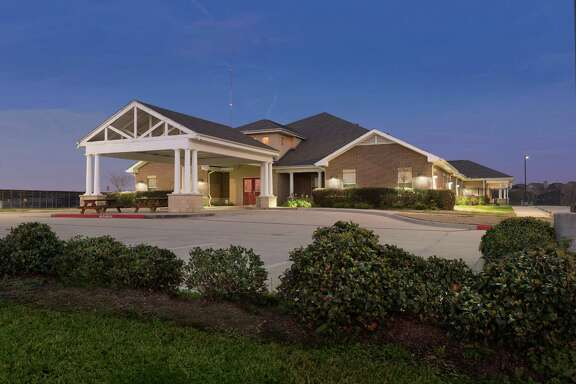 Capital Square Acquisitions has purchased a 20,600-square-foot acute care rehabilitation facility at 9551 Fannin from Mentis Houston RE, which has leased the property back through April 2029.