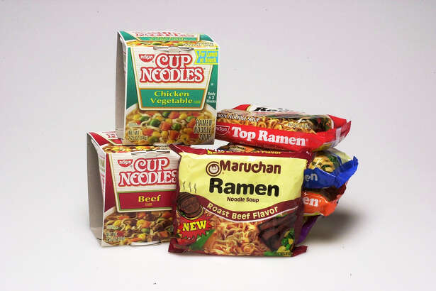 OIL30I-C-16JAN02-FD-DB Cup Noodles Beef and chicken vegetable, Top Ramen, and Maruchan Ramen roast beef instant soups. Chronicle Photo by Darryl Bush