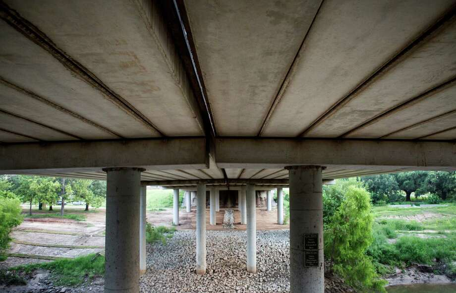 The Waugh Street Bridge over Memorial Drive has been identified as historically significant because it was  the first post-tensioned concrete slab bridge in Texas, possibly in the country, state officials say. Photo: Cody Duty, Staff / © 2014 Houston Chronicle