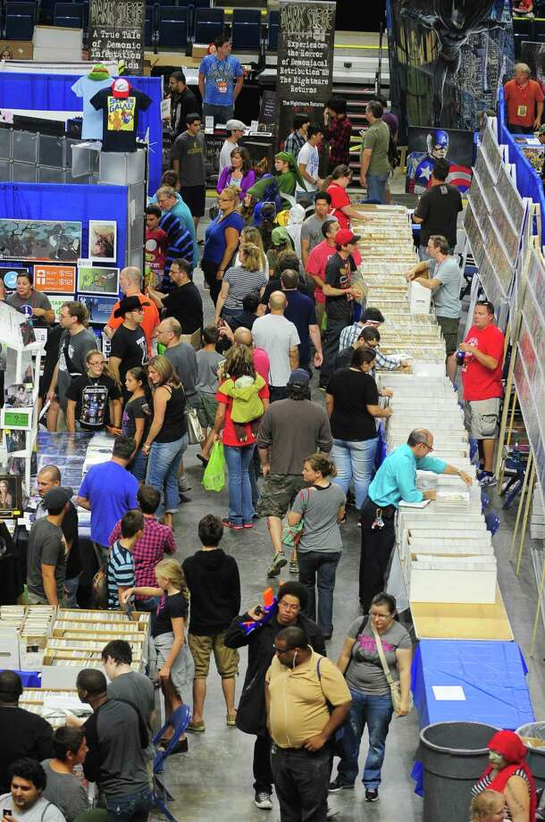 Connecticut ComiCONN at the Webster Bank Arena in downtown Bridgeport, Conn. on Friday, August 15, 2014. ComiCONN continues through Sunday. Photo: Christian Abraham / Connecticut Post