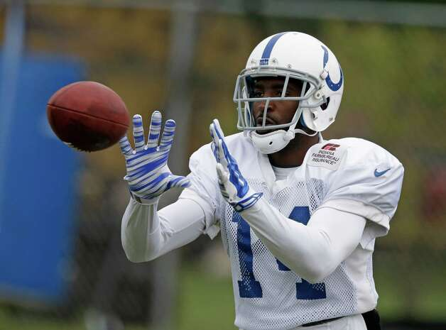 Indianapolis Colts wide receiver Hakeem Nicks makes a catch during NFL football training camp Tuesday, Aug. 12, 2014, in Anderson, Ind. (AP Photo/Darron Cummings)  ORG XMIT: INDC104 Photo: Darron Cummings / AP