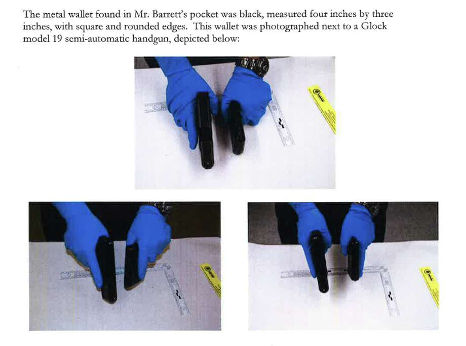 An August 14, 2014 letter from the Solano County Deputy District Attorney Jeffrey Kauffman to Vallejo Police Chief Joseph Kreins included this side-by-side comparison of a metal wallet with a semi-automatic handgun.