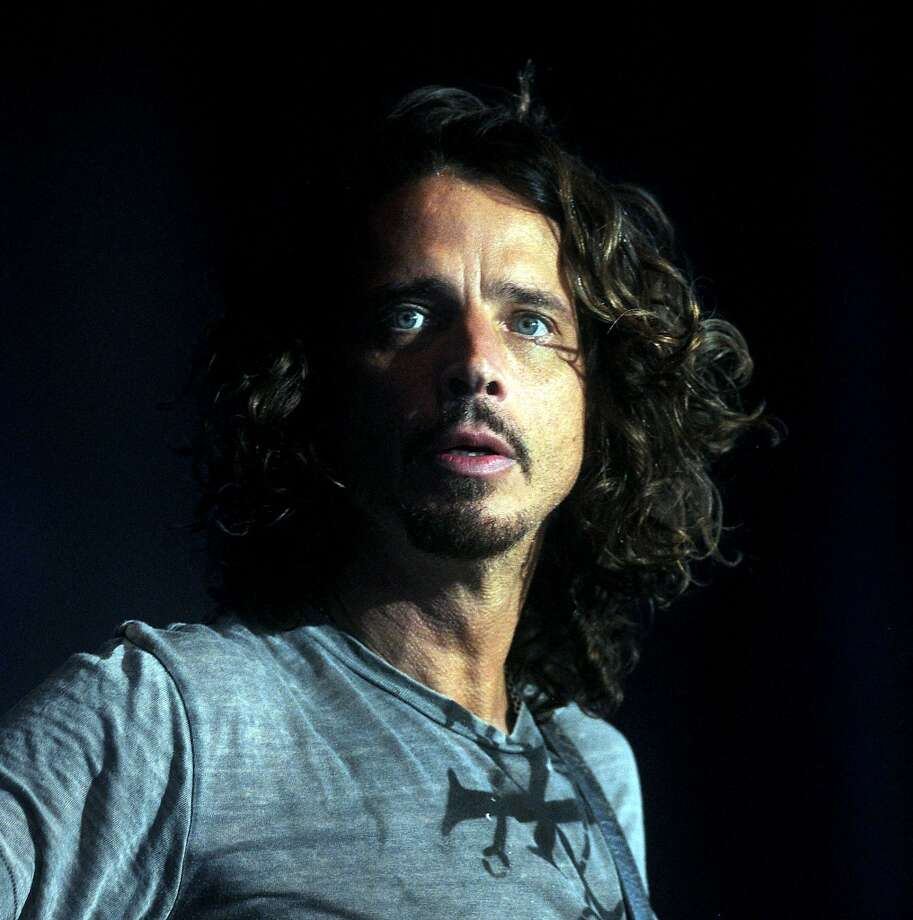 Eddie Vedder And Chris Cornell Chris Cornell adds Hou...