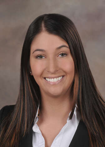 Emily Mastrianni joined SaxBST as an associate on the accounting and auditing team.