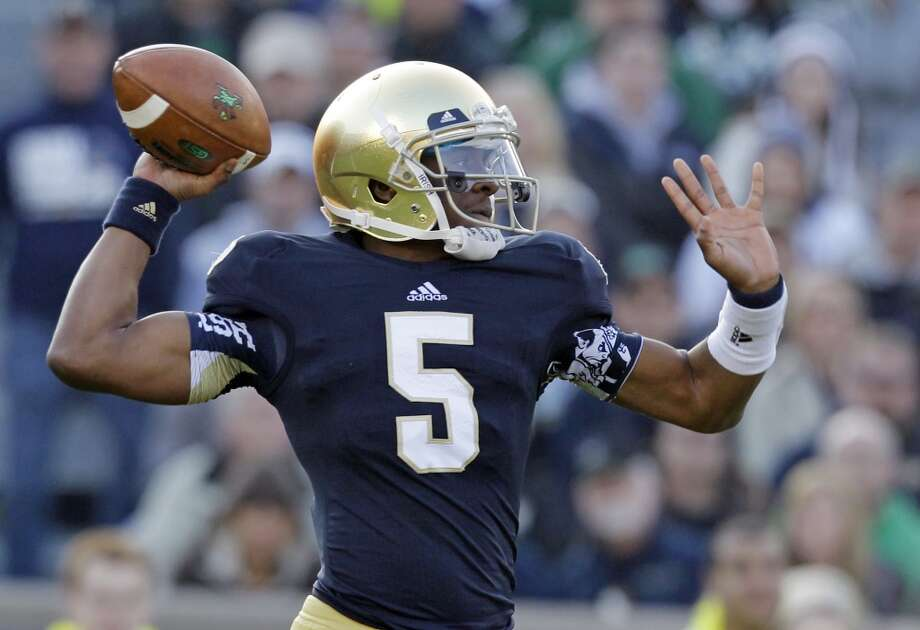 #16 - Notre Dame  Independent  519 points  Record: 1-0 Photo: Michael Conroy, Associated Press