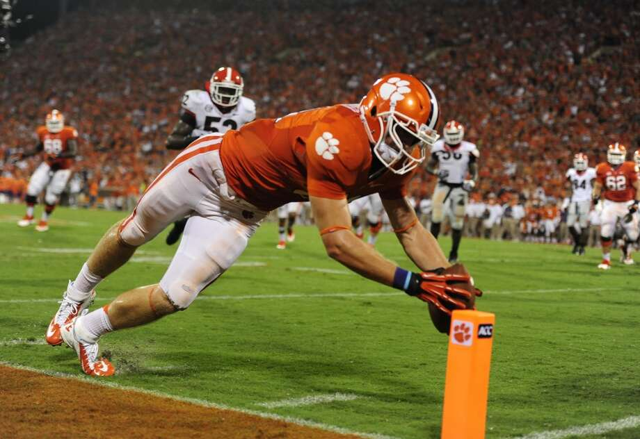 #23 - Clemson  ACC  164 points  Record: 0-1 Photo: RICHARD SHIRO, Associated Press
