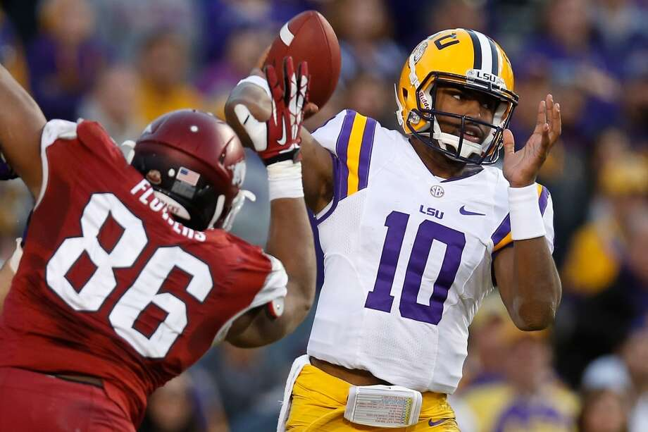 #12 - LSU  SEC  926 points  Record: 1-0 Photo: Chris Graythen, Getty Images