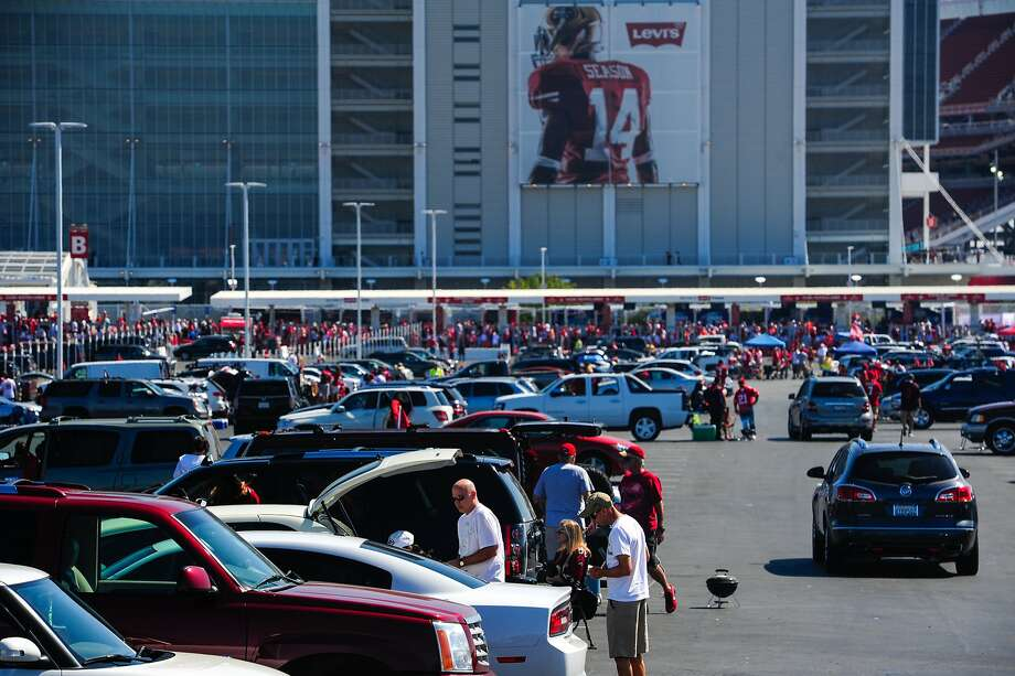 The scene in parking lot zone green 1 outside of Levi's Stadium before the 49ers face the Denver Broncos's on August 17, 2014 in Santa Clara, CA. Photo: Craig Hudson, The Chronicle