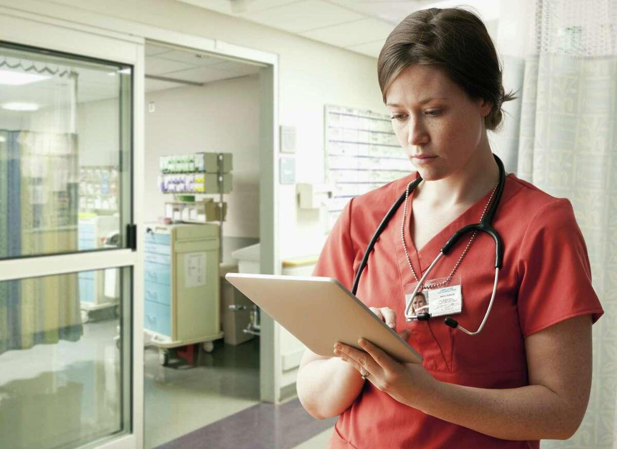 Registered nurse Education/training required: Associate's degree Median hourly earnings: $31.60