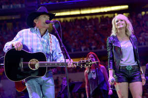 Miranda Lambert tells George Strait he needs a San Antonio tattoo - Photo
