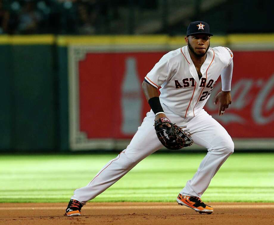 The Astros are hopeful that first baseman Jon Singleton, who has nine errors in just 64 games, will return to the above-average defensive form he showed in the minor leagues. Photo: Karen Warren, Staff / © 2014 Houston Chronicle