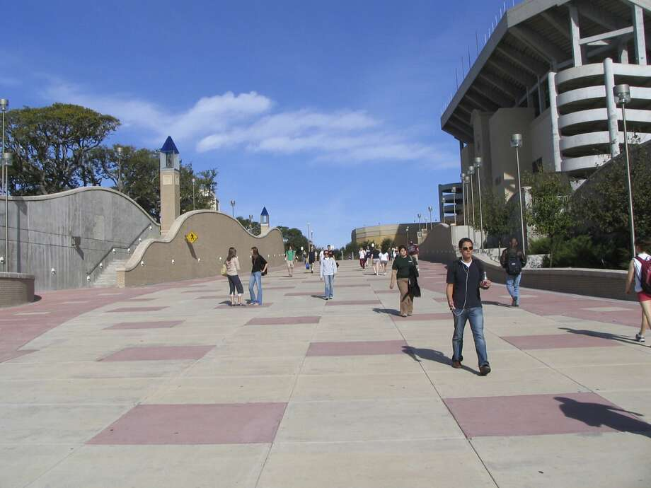 Texas A&M has over 66,000 students now, making A&M easily the biggest school in the state and one of the biggest in the country. Photo: Allen Holder, KRT / Kansas City Star