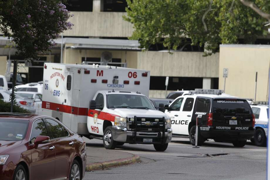 Jodi Silva, a spokesperson for the Houston Police Department, has confirmed that a Houston police officer has died from a gunshot wound on the second floor of the parking garage at the City of Houston Jail at 61 Riesner near downtown on Tuesday afternoon.
