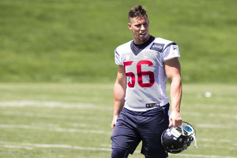 Texans inside linebacker Brian Cushing walks off the practice field.