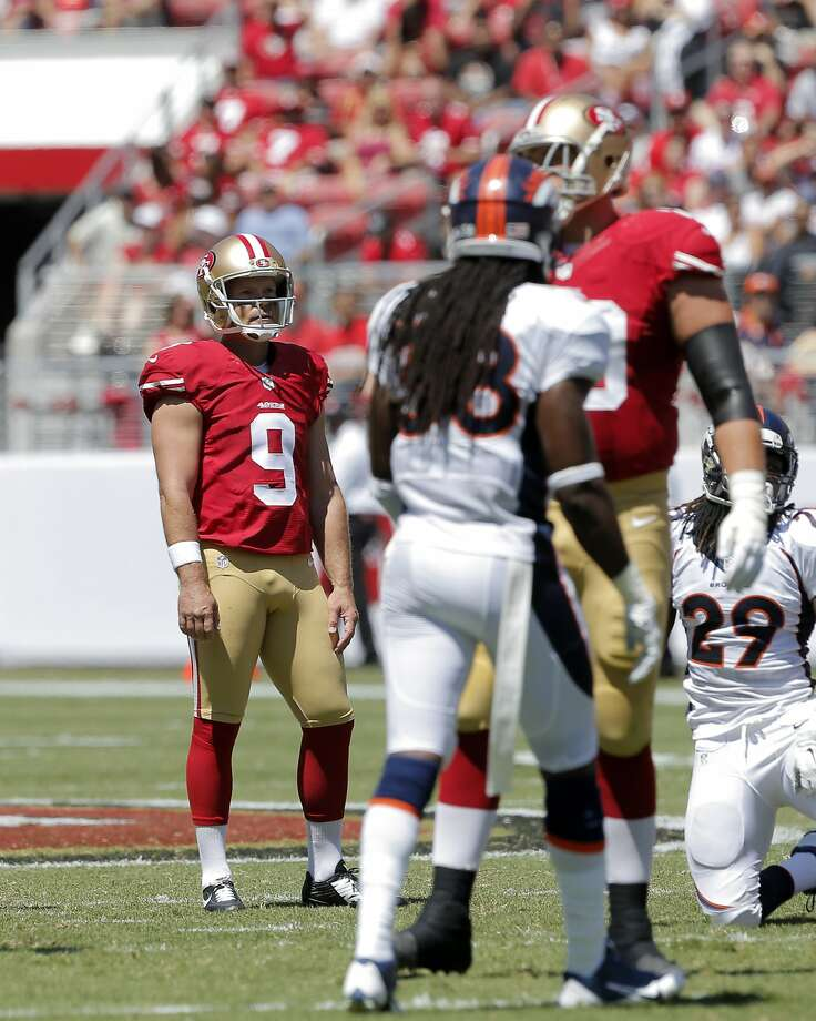 Phil Dawson was confounded by the Levi's Stadium wind conditions, which changed after a good pregame session. Photo: Carlos Avila Gonzalez, The Chronicle
