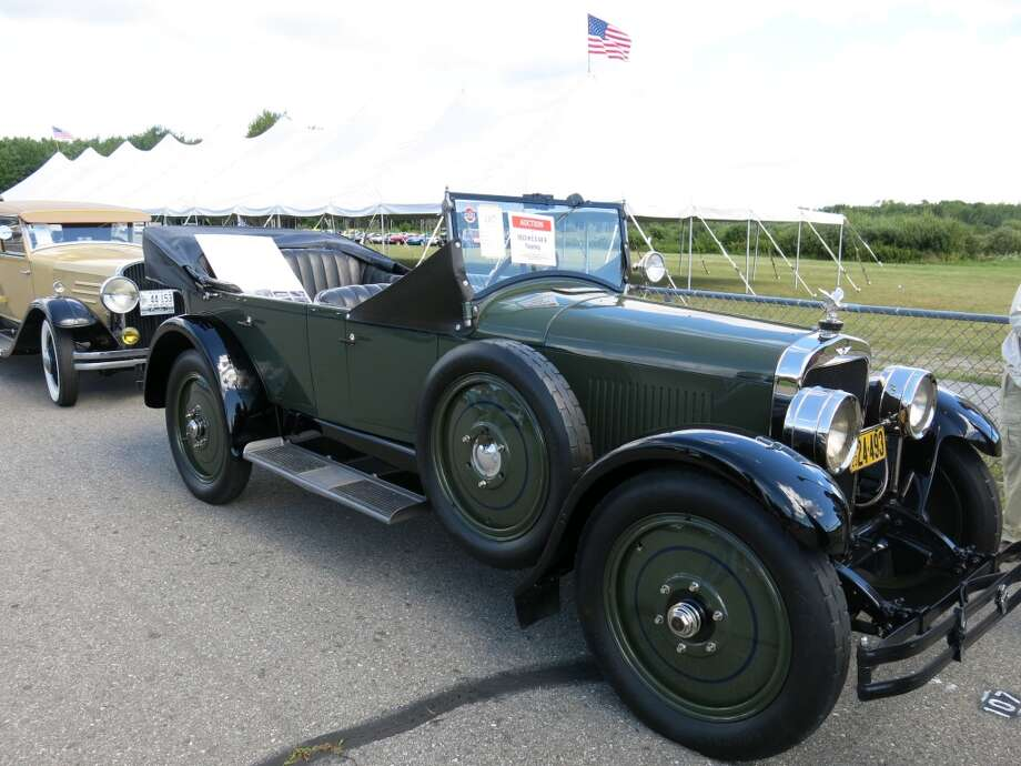 1923 H.C.S. S4-6 Touring (seen in better light than the earlier photo). $67,100.