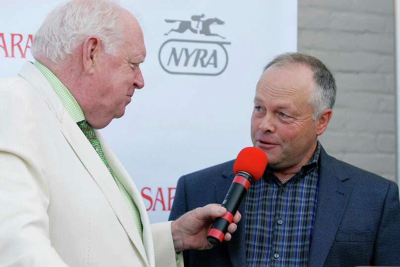 Race caller Tom Durkin interviewed trainer Ian Wilkes who will be running Ulanbator at the press con
