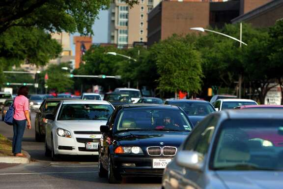 Uptown District leaders say bus rapid transit will ease congestion on Westheimer and Post Oak.