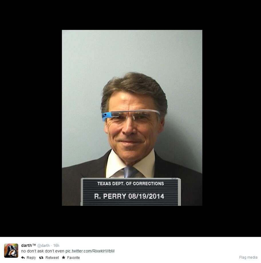 Perry wearing Google Glass Photo: Twitter