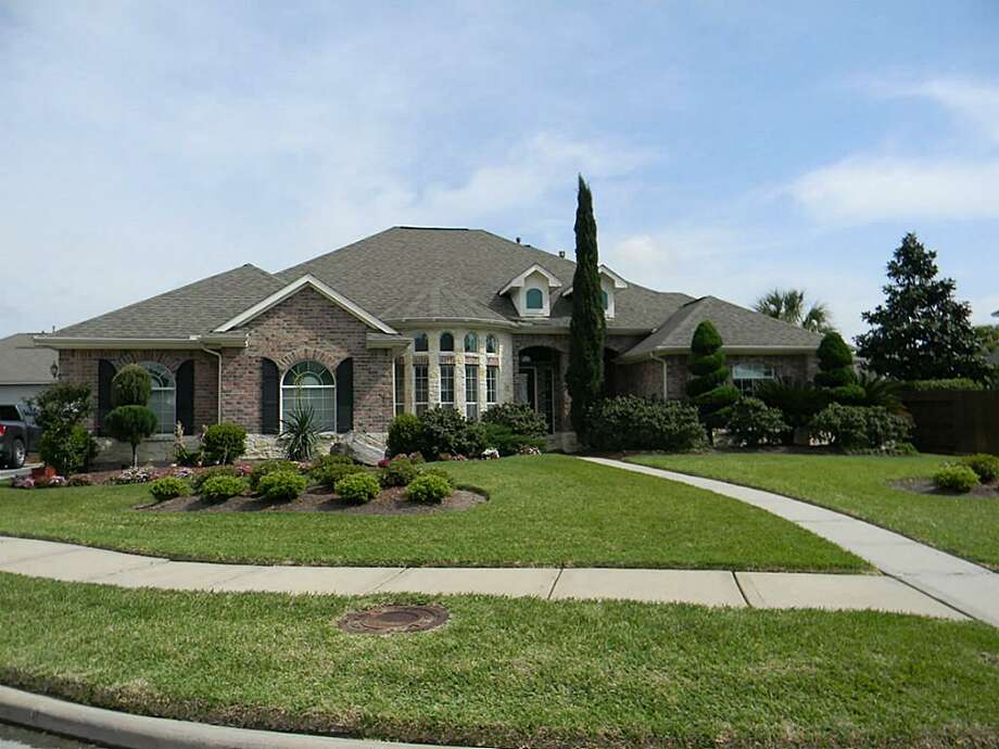 11410 Little Orchard Ct. in Tomball: $324,900 / ONLINE_YES