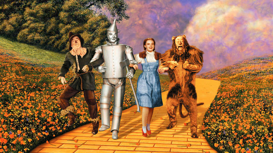 "The Boston Pops to perform along with the 1939 screen classic ""Thre Wizard of Oz"" at Tanglewood."