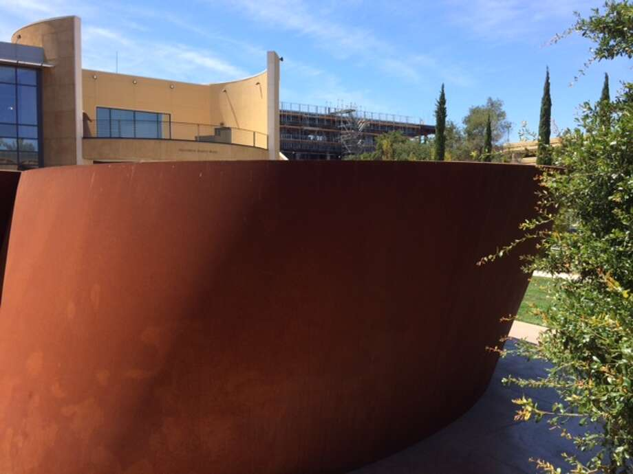 "Richard Serra's ""Sequence"" (2006) at the Cantor Arts Center at Stanford University. The Chronicle/Sam Whiting"