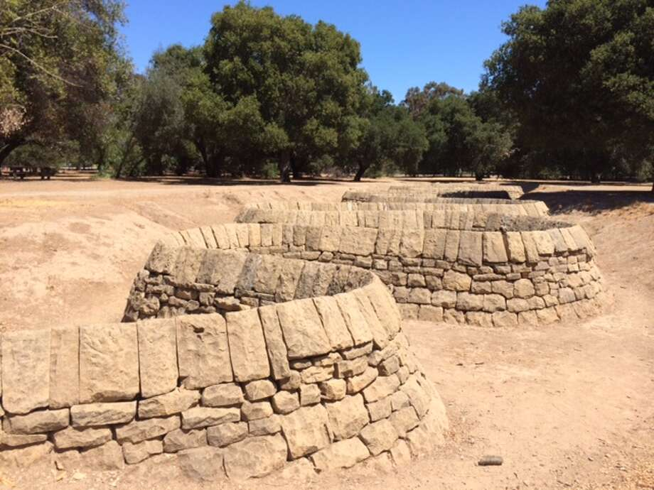 "Andy Goldsworthy's ""Stone River"" on outside Cantor Arts Center at Stanford University.  The Chronicle/Sam Whiting"