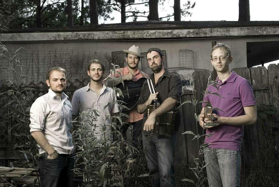 Pine Leaf Boys / Greg Miles