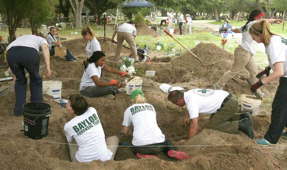 Members of the Baylor University forensic team and University of 