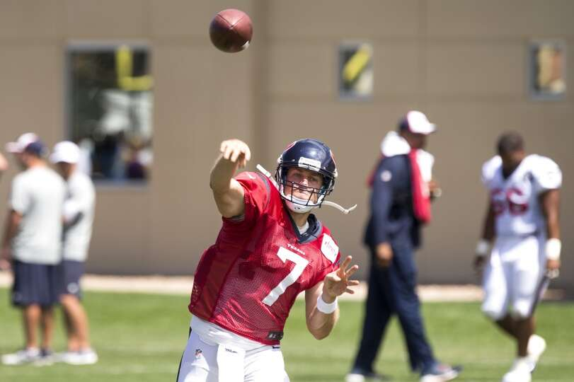 Texans quarterback Case Keenum throws a pass.