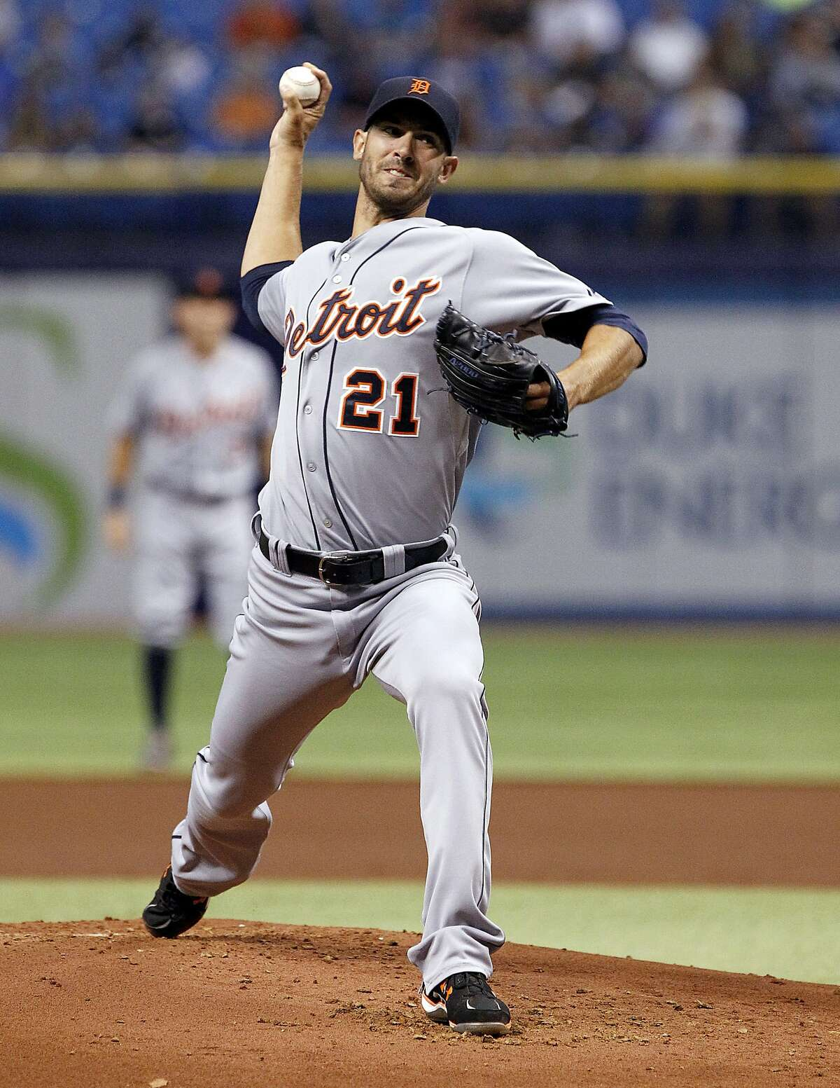 ST. PETERSBURG, FL - AUGUST 20: Rick Porcello #21 of the Detroit Tigers during the first inning of a game against the Tampa Bay Rays on August 20, 2014 at Tropicana Field in St. Petersburg, Florida. (Photo by Brian Blanco/Getty Images)