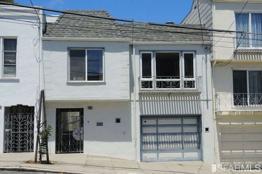 3770 Cesar Chavez in Noe Valley is on for $1.195 million. Photo: MLS