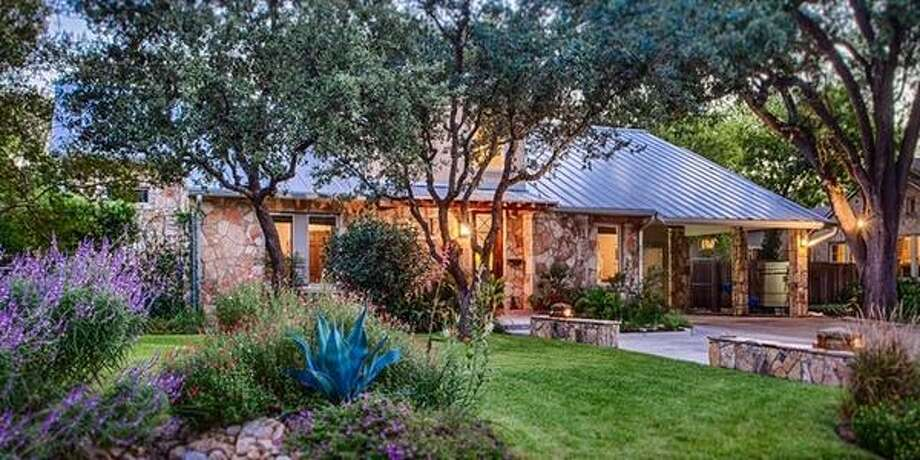 """443 Paseo EncinalSan Antonio, TXBedrooms: 4Full Baths: 4, 1 partialNeighborhood: Olmos Park4,571 sqft""""Beautiful home with high ceilings and spacious living areas accommodate a wide variety of living and entertaining desires.""""  Photo: Keller Williams Realty Luxury"""